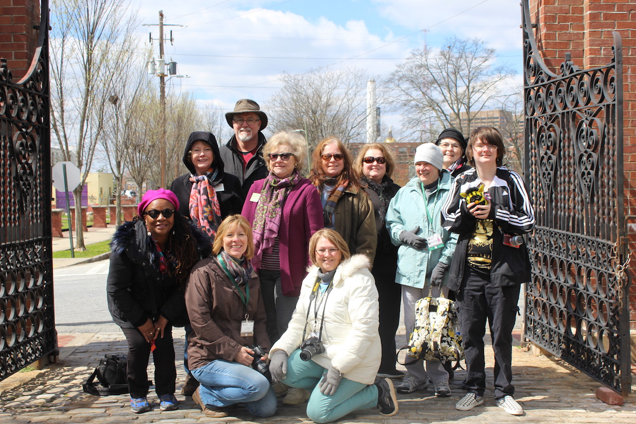 Master Gardeners at Oakland Cemetery